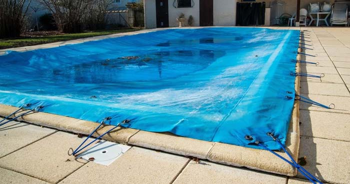 How to Clean Your Swimming Pool After Winter